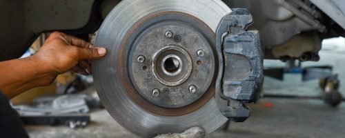 brake_repair_with_gloves